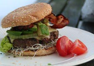 Hamburger - det er tross alt vår - snart.....