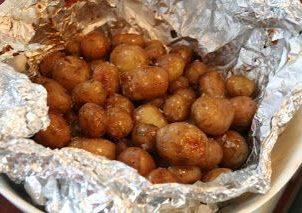 poteter på grillen