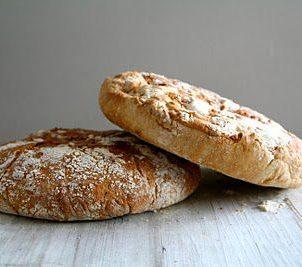 No knead bread med timian og hvitløk