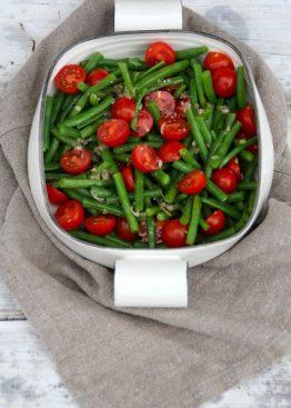 Bønnesalat med cherrytomater