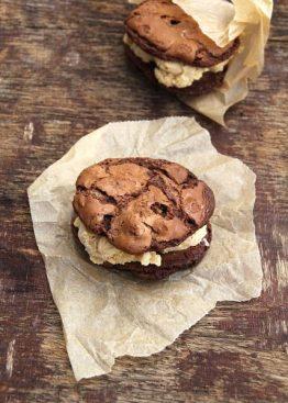 Brownie cookie del 2 : browniecookieiskremsandwich!