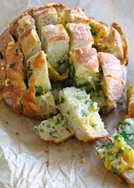 Hva med å bake litt brød i vinterferien?
