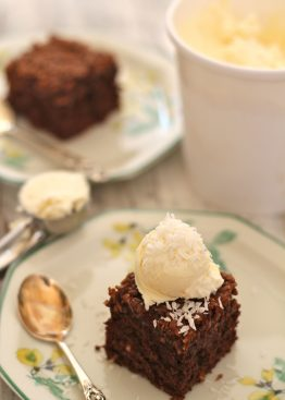 Langpannekake med sjokolade og kokos
