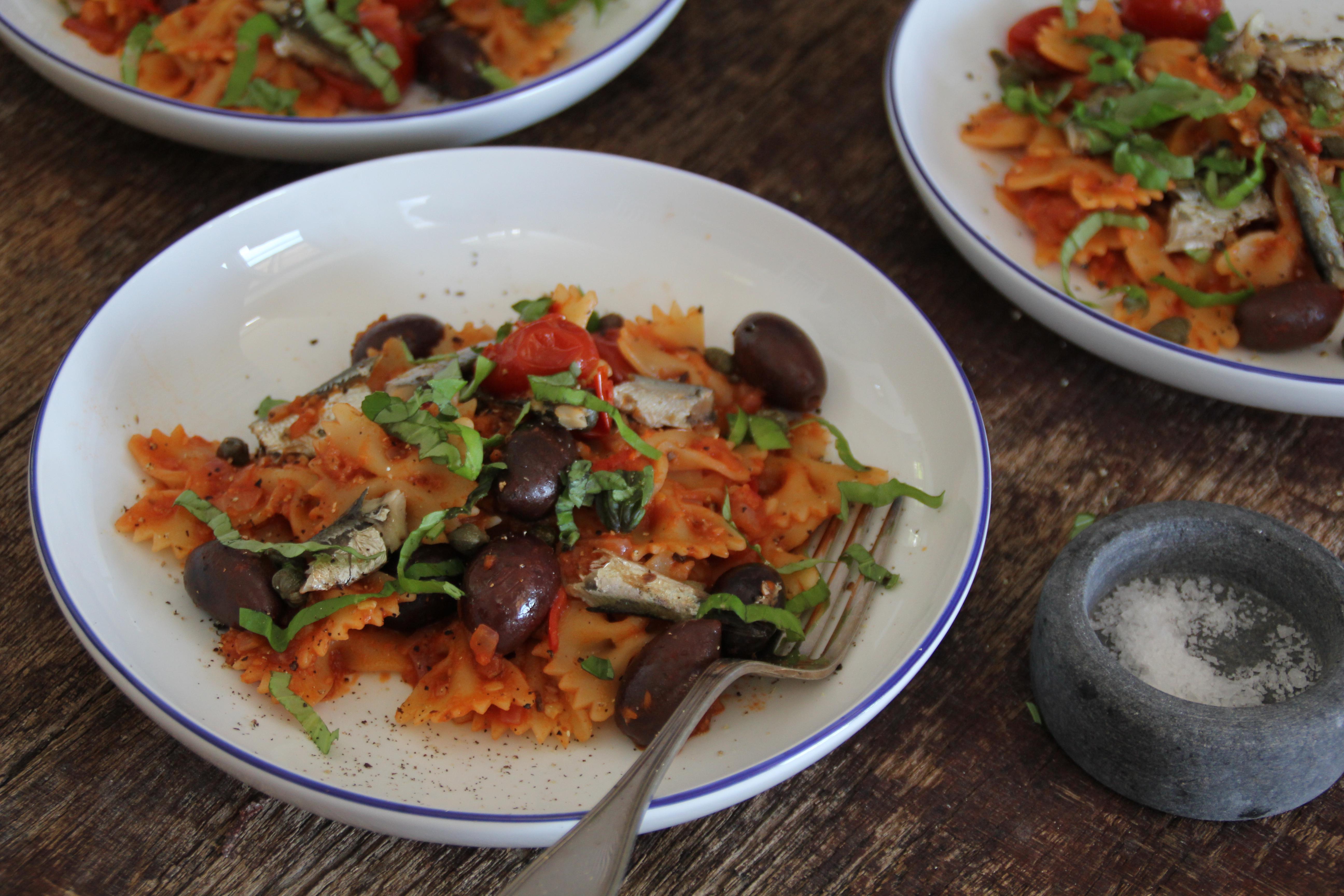 pasta puttanesca med sardiner