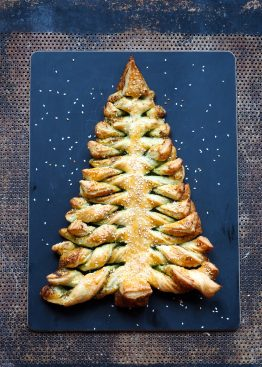 Butterdeig juletre med pesto