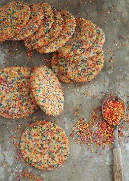 fargerike cookies
