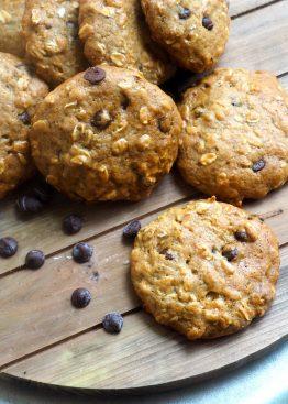 Havrecookies med banan og sjokoladebiter