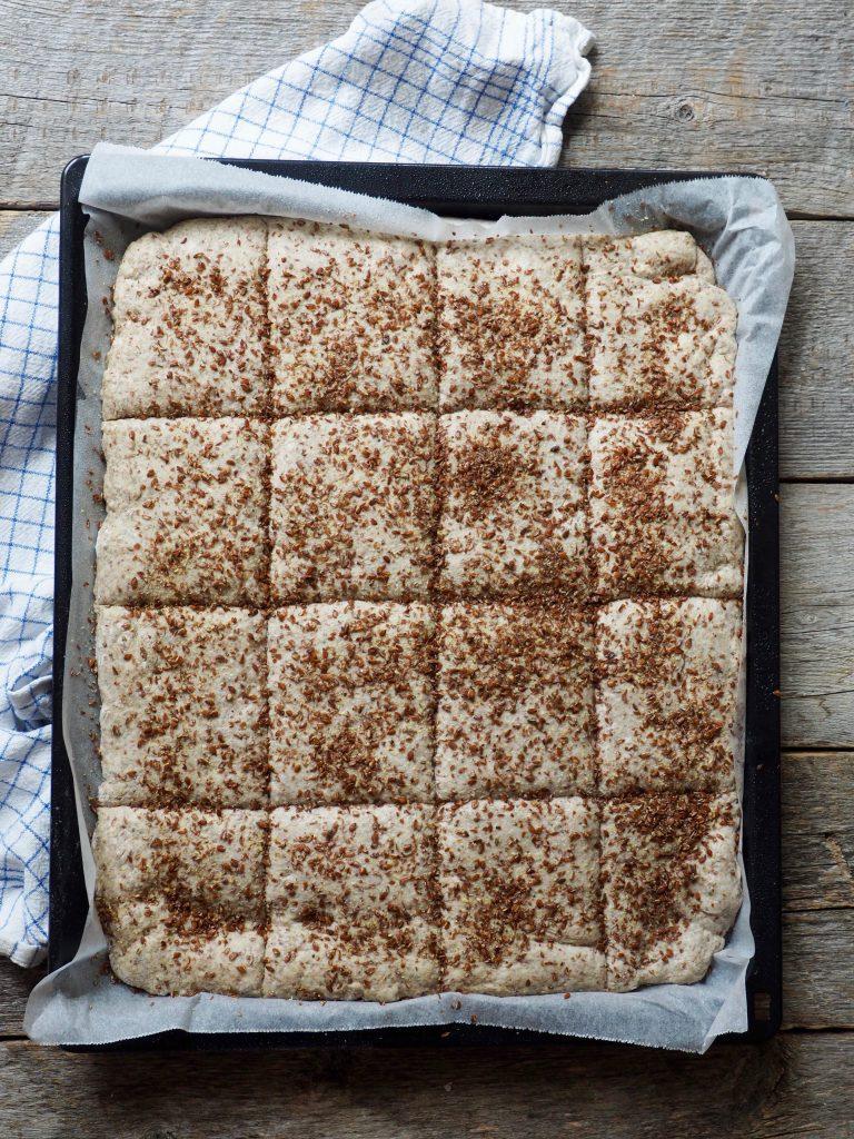 Langpannebrød med rug og linfrø