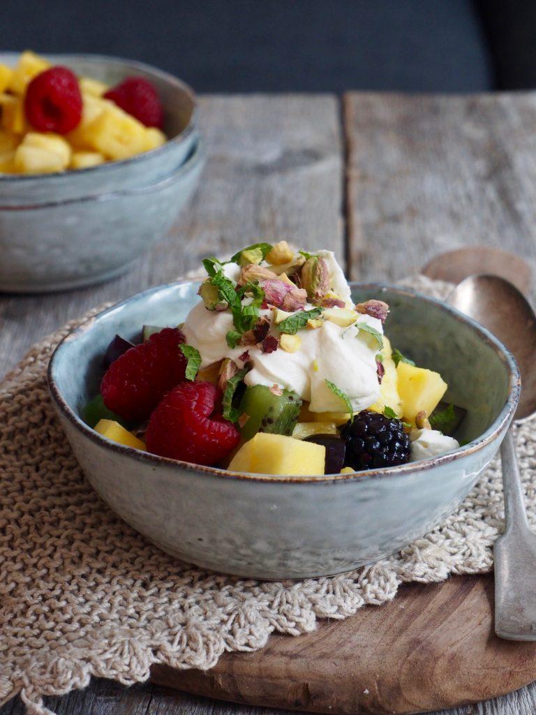 Fruktsalat med mascarponekrem