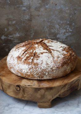 Eltefritt halvgrovt brød med linfrø