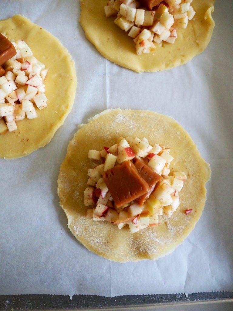 eplepai med karamell