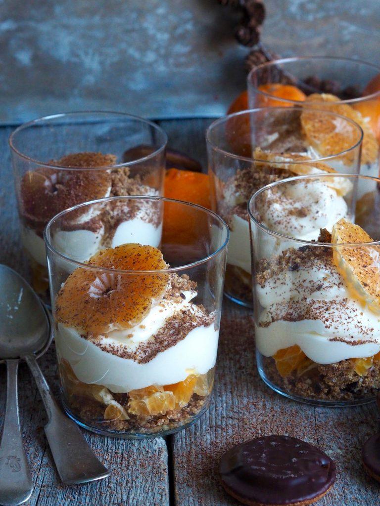 Ostekake på glass med klementiner