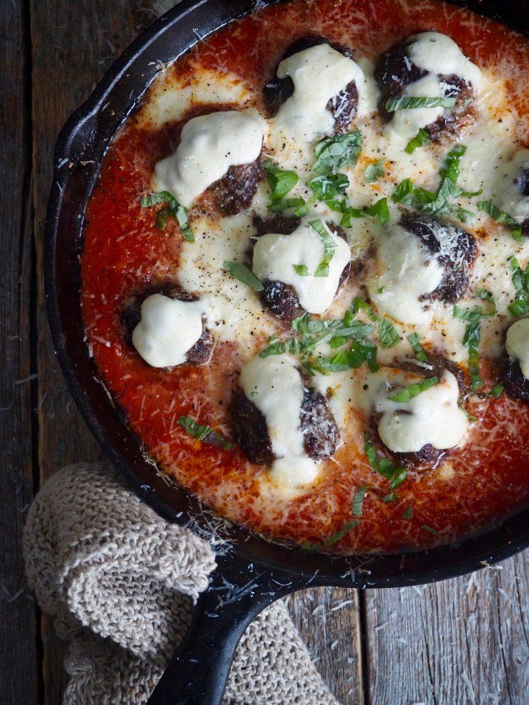 Italienske kjøttboller i tomatsaus