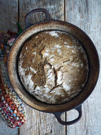 Eltefritt byggbrød med linfrø