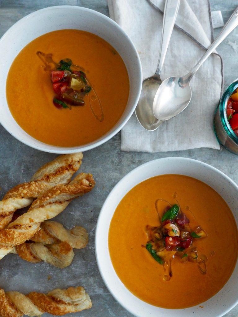 tomatsuppe med mascarpone