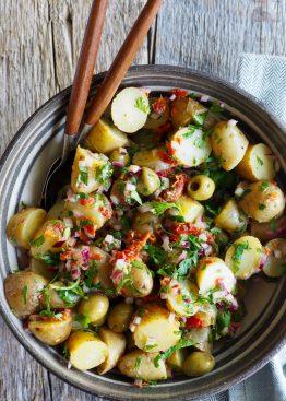 Potetsalat med oliven og vinaigrette