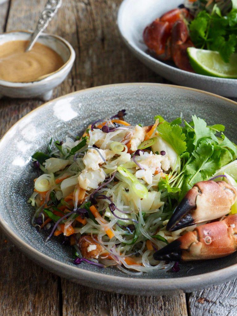 Asiatisk nudelsalat med krabbe