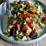 Lun betesalat med quinoa og chèvre