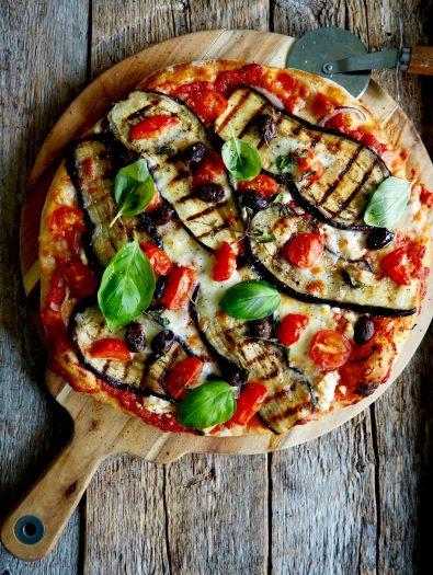 Vegetarpizza med aubergine