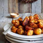 Sprøstekte poteter med røkt paprika
