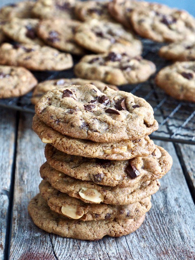 Fantastisk gode cookies med sjokolade og peanøtter