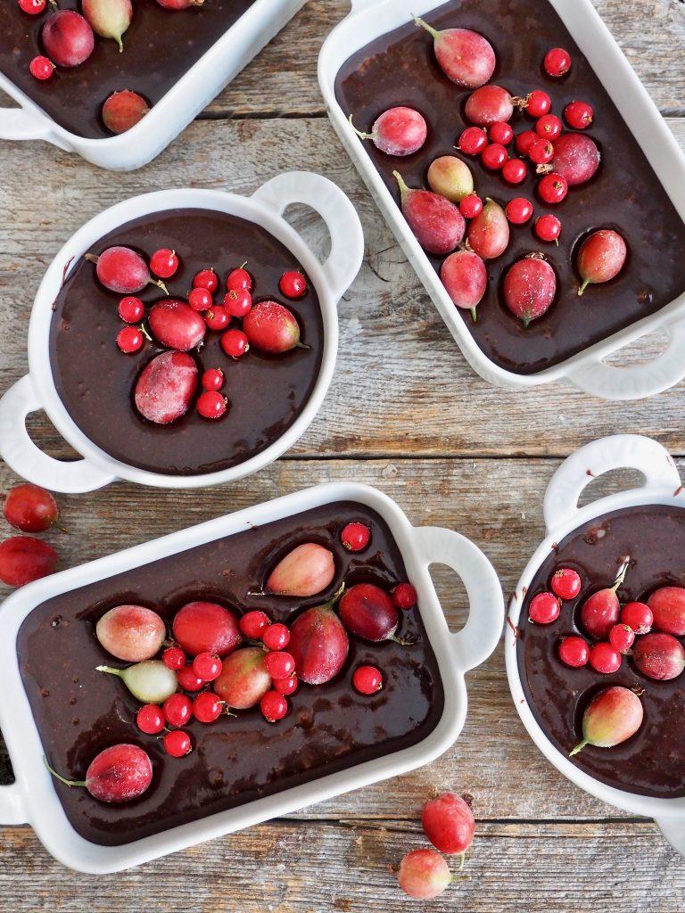 Digge brownies med bær