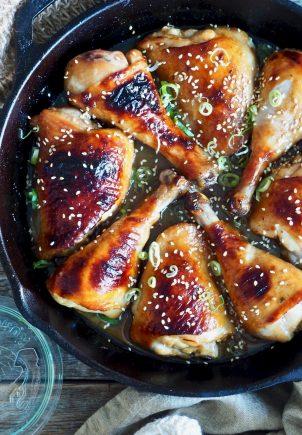 Ovnsbakt kyllinglår i honning- og soyasaus