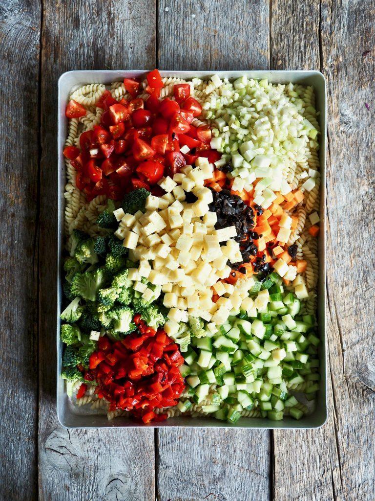 Pastasalat med grønnsaker og Østavind