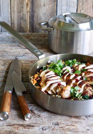 Lun byggrynsalat med kylling