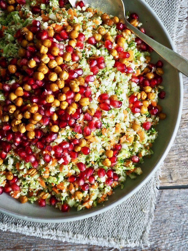 Brokkoli- og blomkålsalat