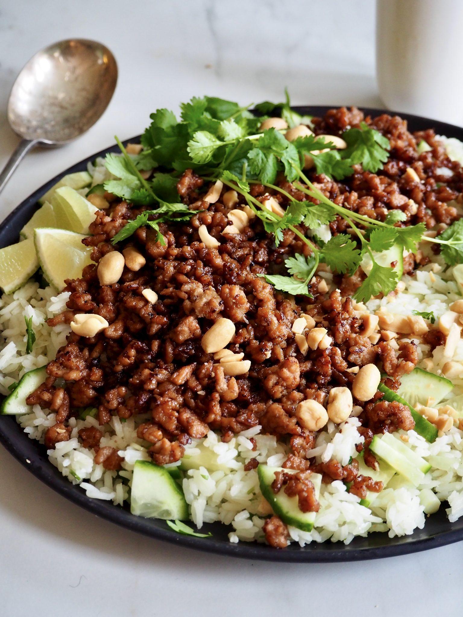 Sprøstekt kjøttdeig med korianderris
