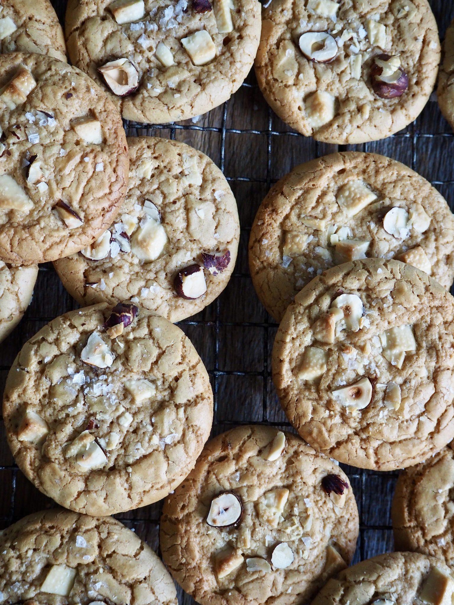 Cookies med hasselnøtter og sjokolade