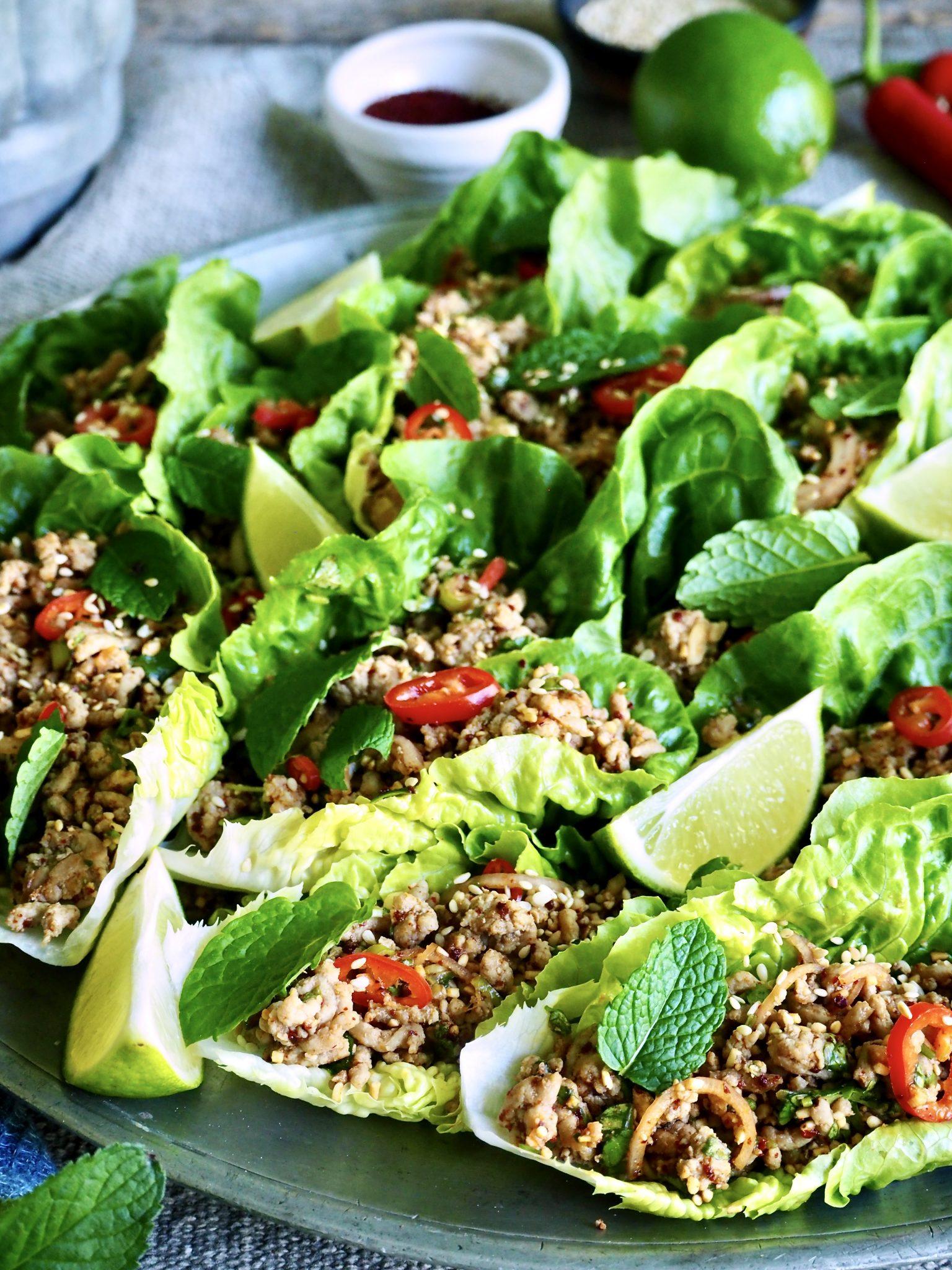 Thaisalat (larb) med svinekjøttdeig
