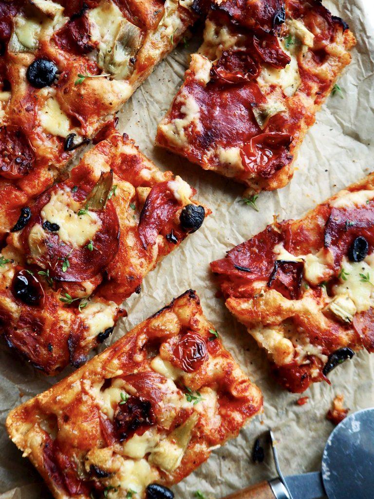 (Eltefri) pizza i langpanne