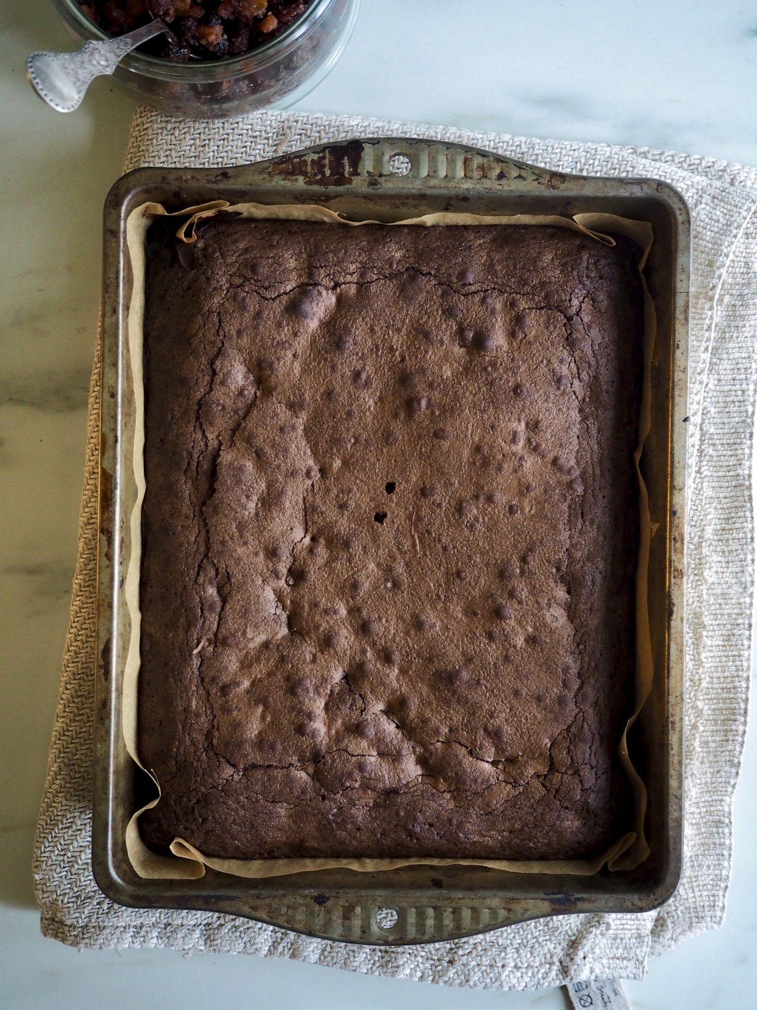 Nydelige brownies med julesmaker (nesten konfekt)