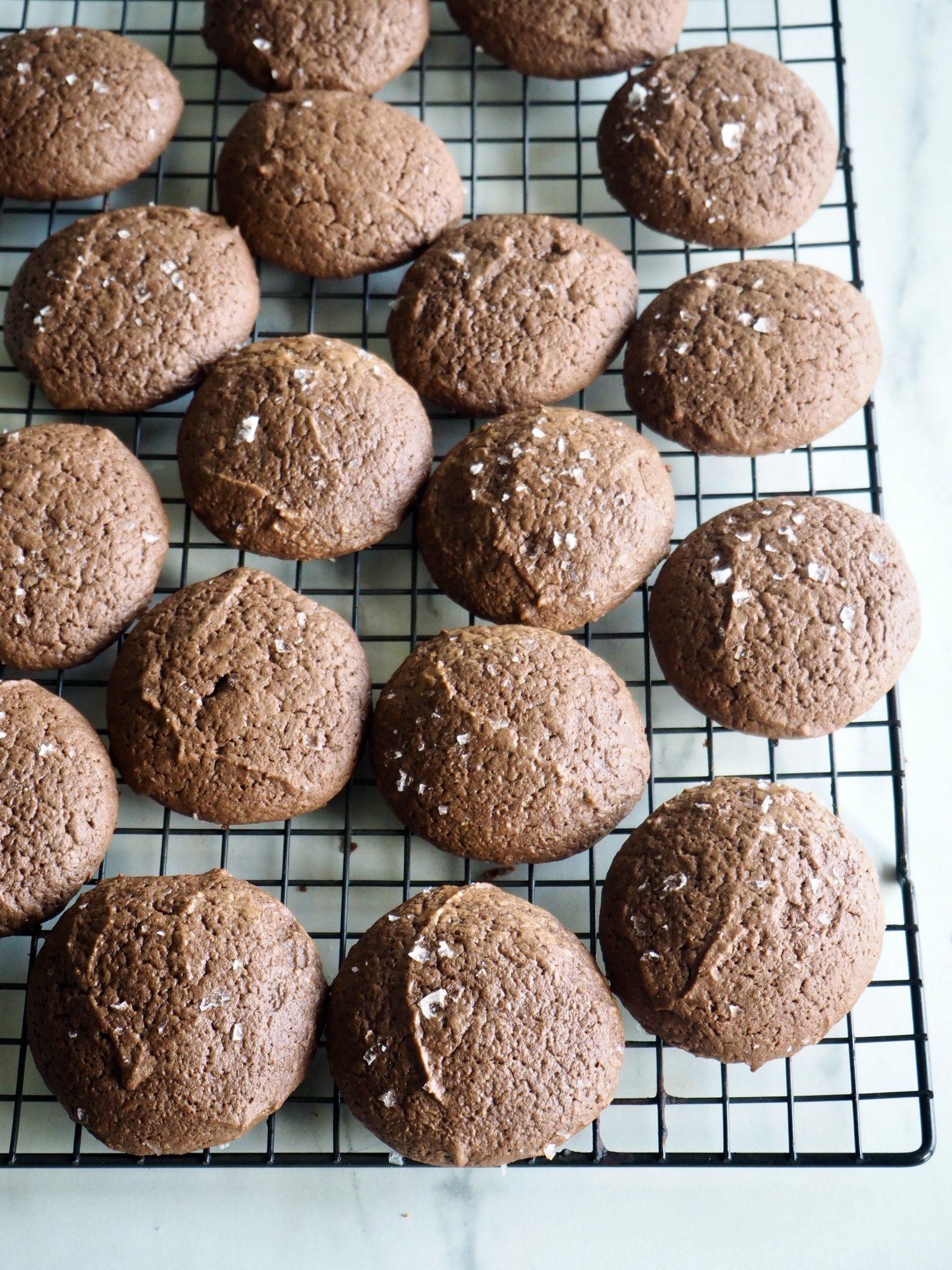 Myke brownie cookies - perfekte til issandwicher!