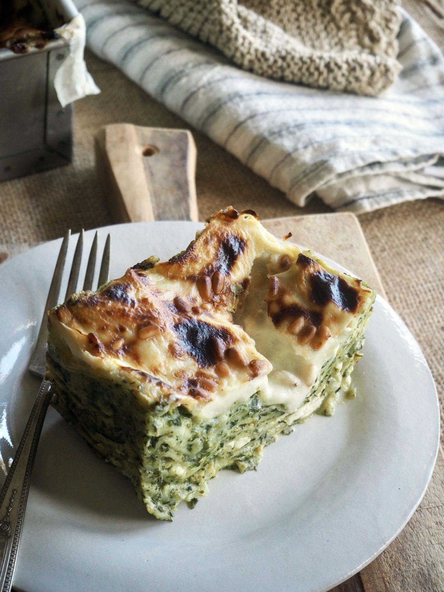 Nydelig vegetarlasagne med spinat, ricotta og fetaost