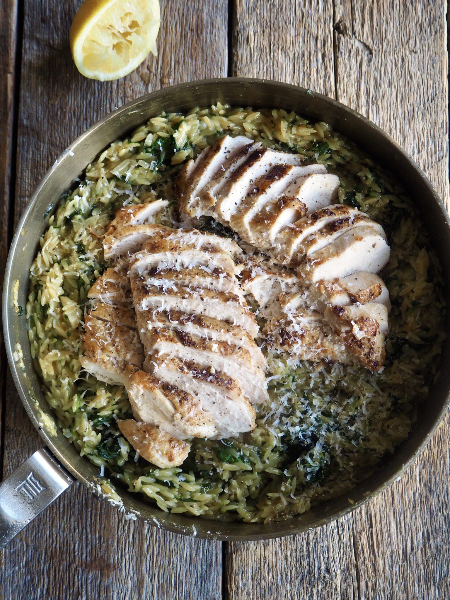 One pot kylling og risoni med spinat