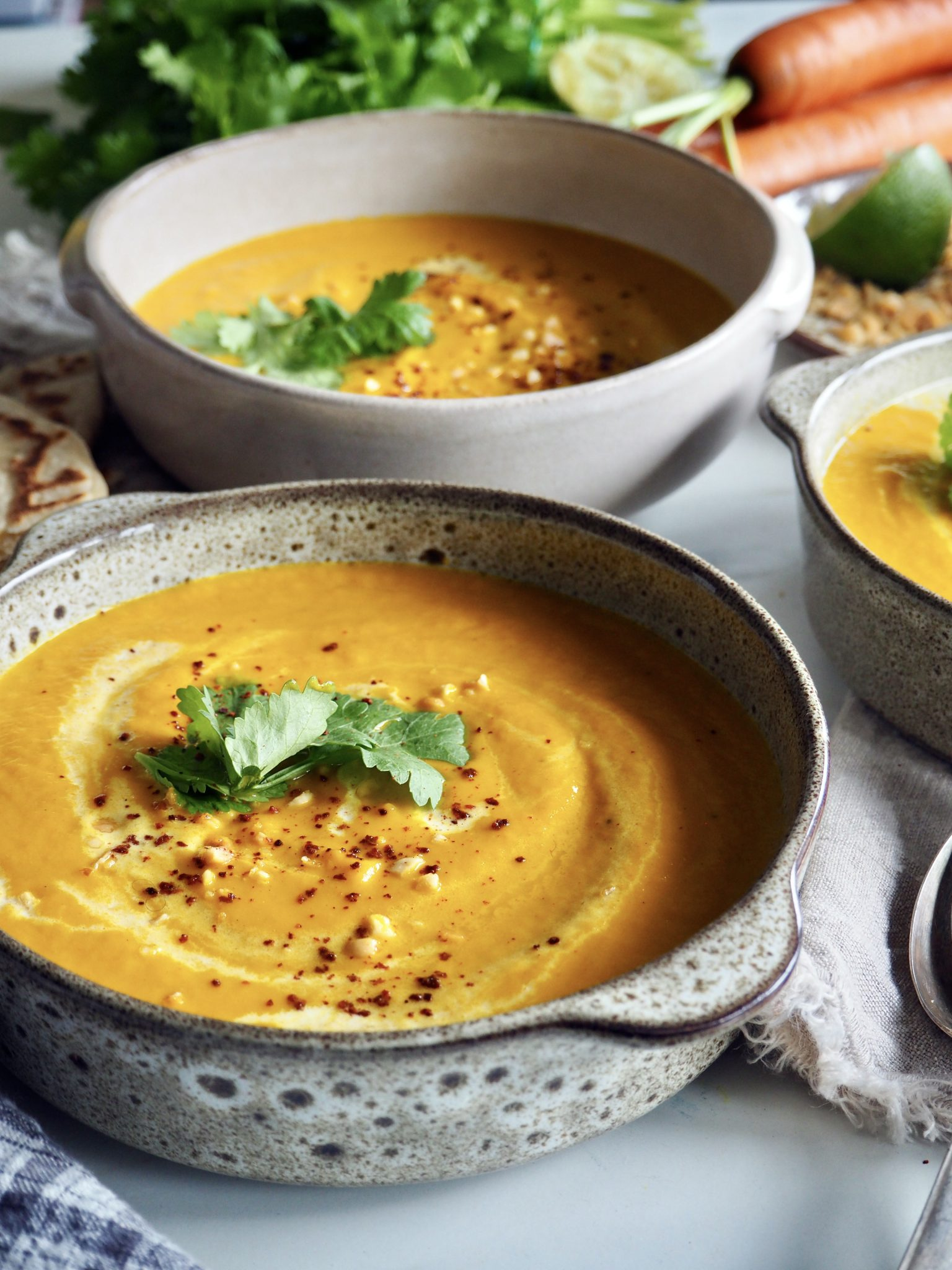 Spicy gulrotsuppe med eple
