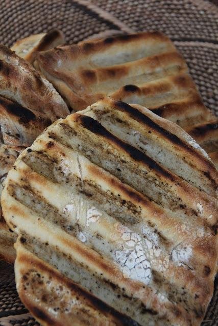 Eltefritt brød på grillen